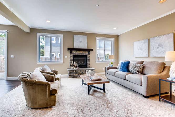 23419 84th Ave W Edmonds WA-small-006-4-Living Room-666x444-72dpi.jpg