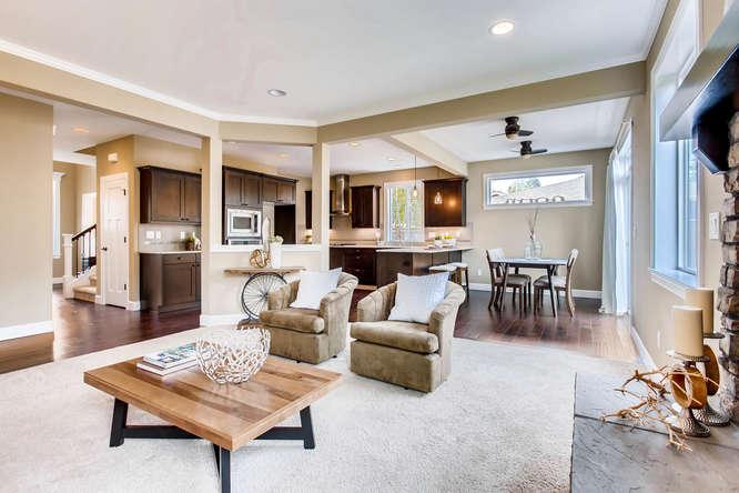 23419 84th Ave W Edmonds WA-small-007-7-Living Room-666x444-72dpi.jpg