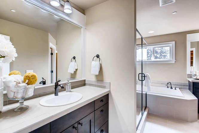 23419 84th Ave W Edmonds WA-small-017-11-2nd Floor Master Bathroom-666x444-72dpi.jpg