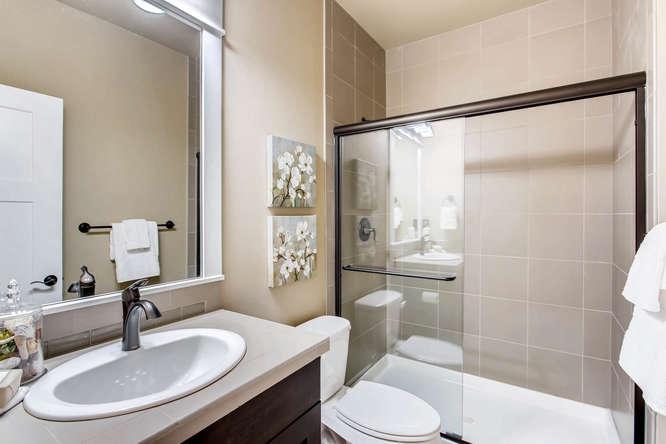 23419 84th Ave W Edmonds WA-small-023-29-Bathroom-666x444-72dpi.jpg