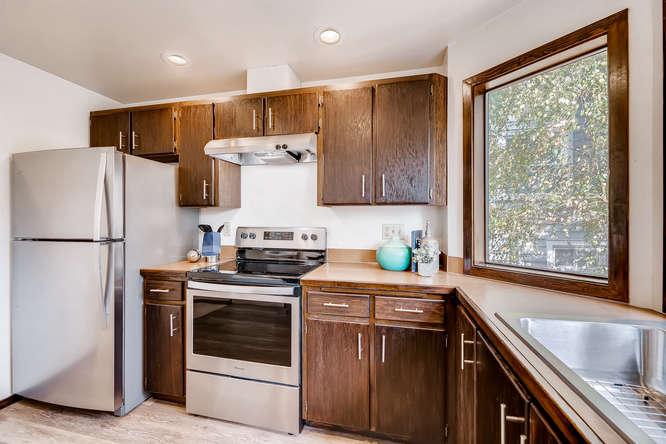 8517 Burke Ave N Seattle WA-small-009-24-Kitchen-666x444-72dpi.jpg