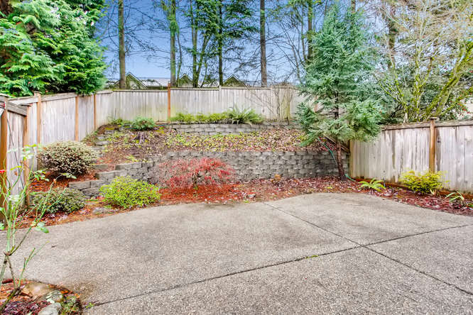 4801 NE 18th Pl Renton WA-small-026-26-Patio-666x444-72dpi.jpg