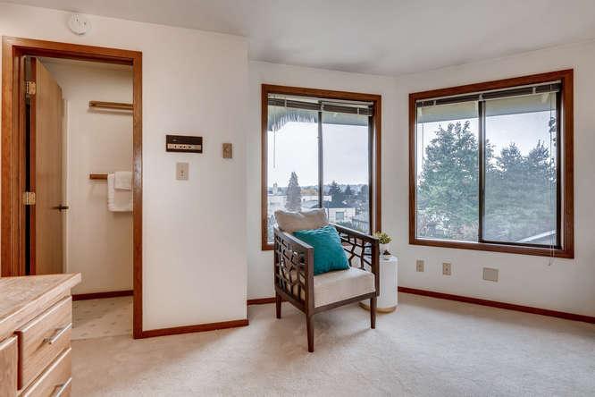 8517 Burke Ave N Seattle WA-small-022-19-Bedroom-666x445-72dpi.jpg