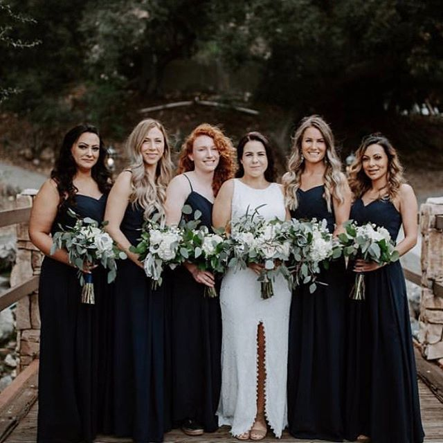 A friend is one who knows you and loves you just the same. -Elbert Hubbard Photography: @alyssaricolephoto • • • • • • • • • • •  #weddingflowers #florals #florist #socalweddings #wedding #ocflorist #laflorist #bridal #floraldesign #bride #floraldesigner #floralarrangement #weddingplanning #summerwedding #eventflowers #flowers #socalbrideblog #socalbride #wintewedding #engaged #engagement #socalbrideblog #theknot #weddingforward #junebugweddings #greenweddingshoes #bohowedding #bohobride #mayeshoc