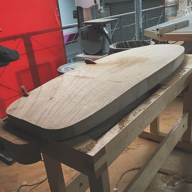 Finally starting my #minisimmons from a solid slab of #paulownia thanks @moon_machine_ ! I've never shaped a surfboard before but started by making a template from the many drawings/photos on the web. See what happens...