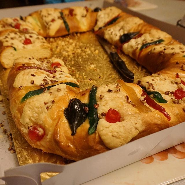 Well, we can't get enough of these roscas... ... ... ... #food #foodie #foodporn #foodgasm #nom #nomnom #hungry #instafood #taco #tacos #mexicanfood #boyleheights #eastlosangeles #eastla #catering #tortillas #eastsidetacos #discoverLA #tacolife #roscadereyes