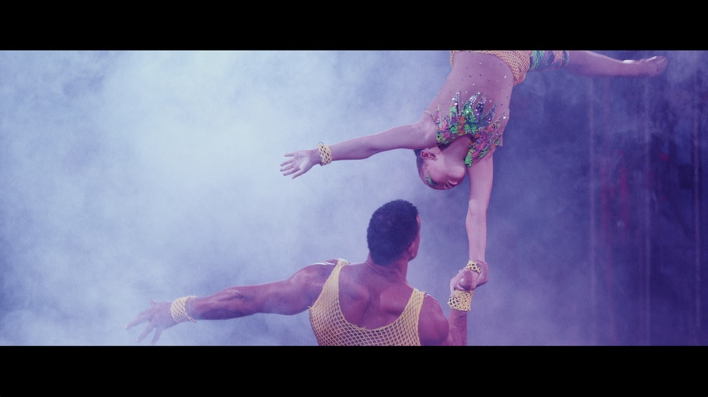 circus balance 2.jpg