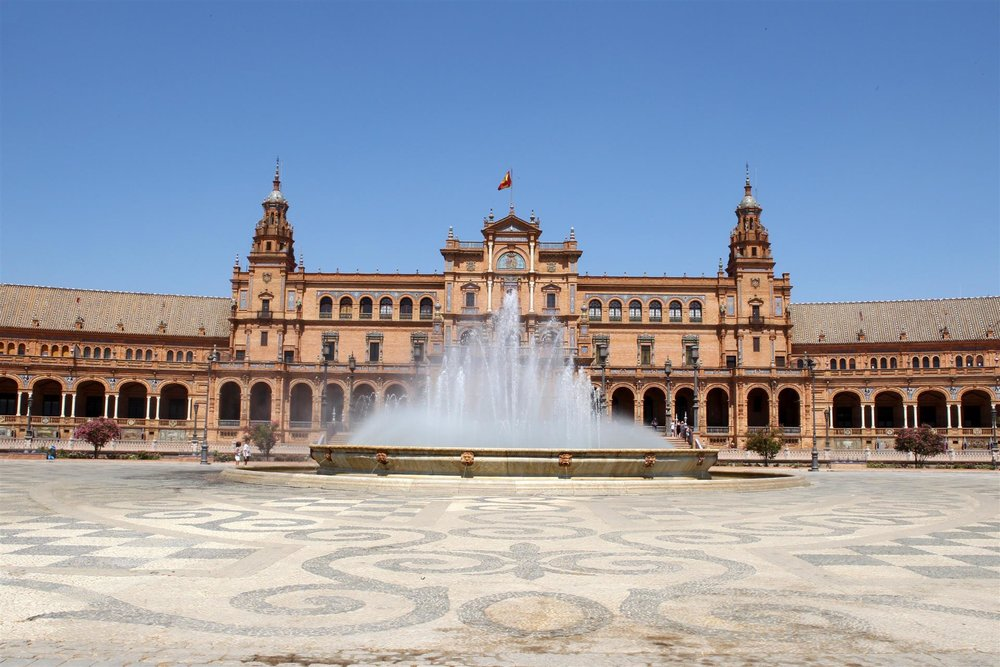 Plaza de españa: SI Photos