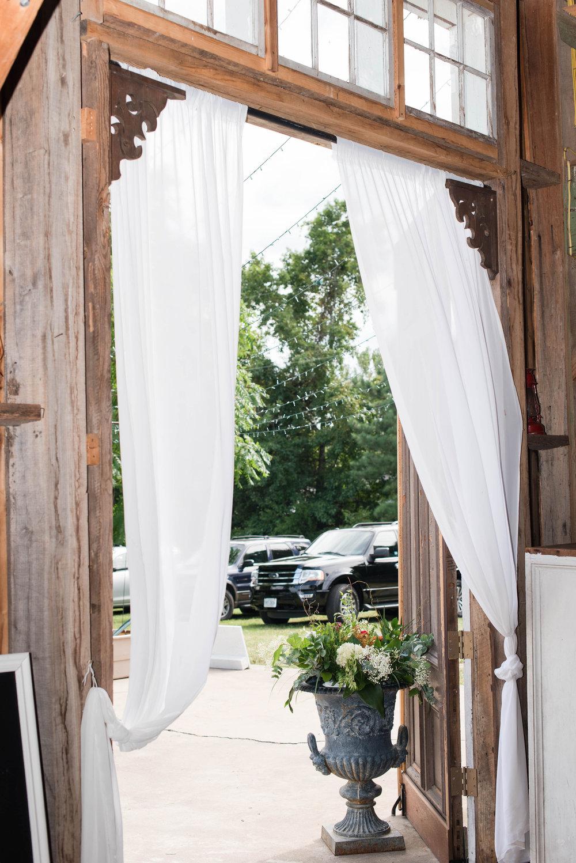 virginia-barn-wedding-drapery-floral-photos.jpg