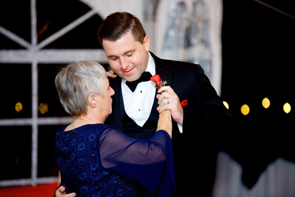 groom-mother son dance-first dance-photos.jpg
