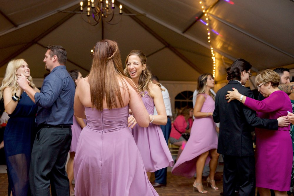 bridesmaids-wedding-reception-dancing-photos.jpg