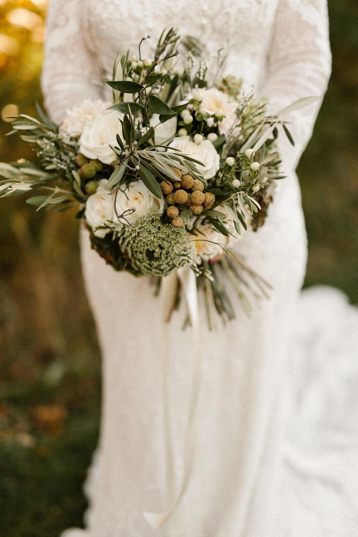 Fredericksburg Charlottesville Fall Virginia Wedding Bridal bouquet .jpg