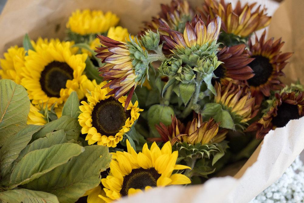 BouquetMaking00.jpg