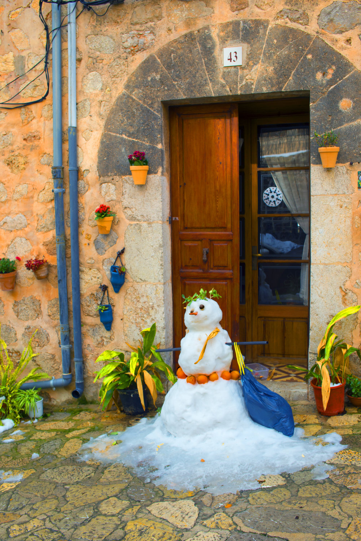 """Mallorcan Snowman"""