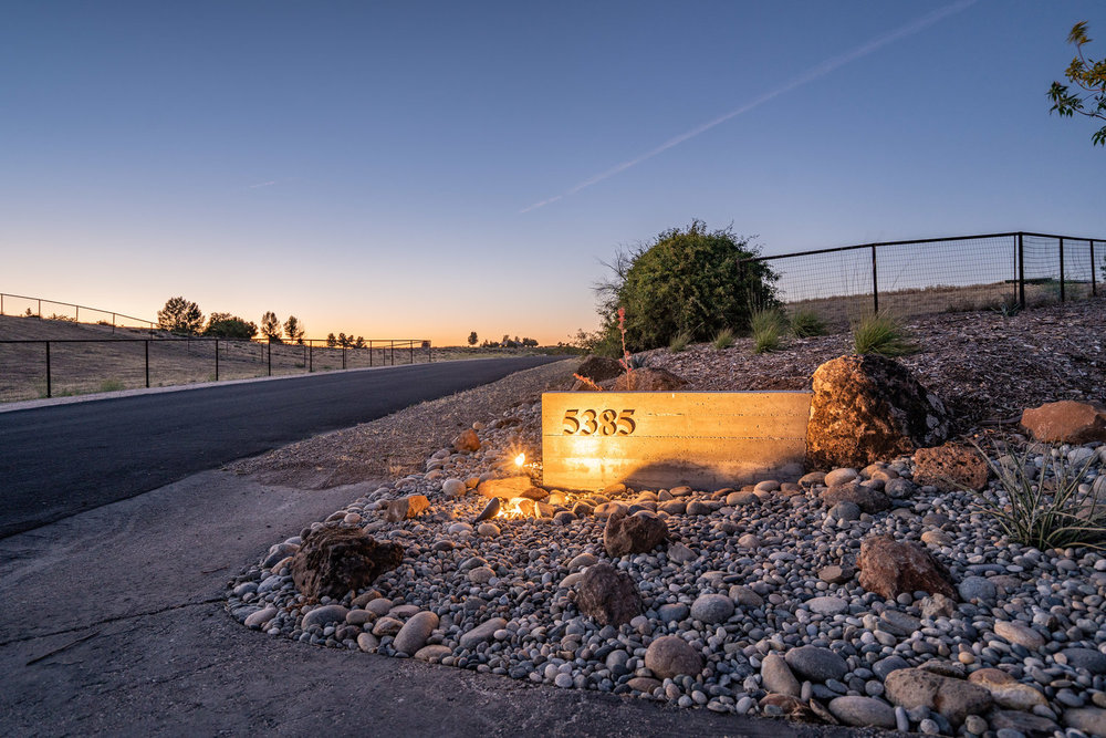 concrete-address-sign-with-boulders-cobble.jpg