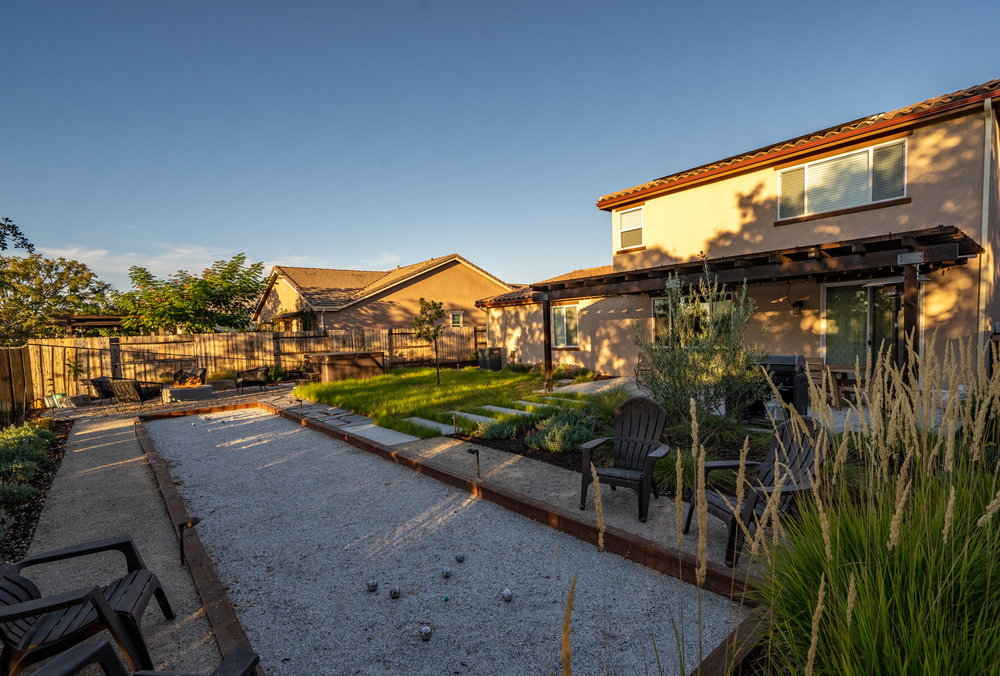 bocce-court-with-timber-edge.jpg