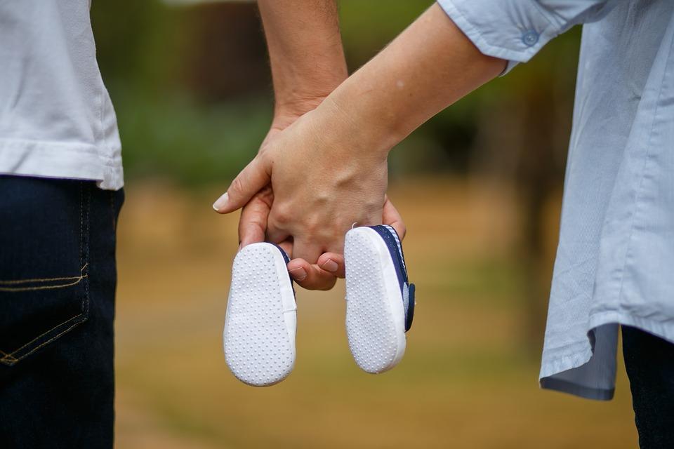 Boy-Mother-Pregnancy-Bebe-Shoe-Son-Pregnant-Woman-1910304 - Copy.jpg