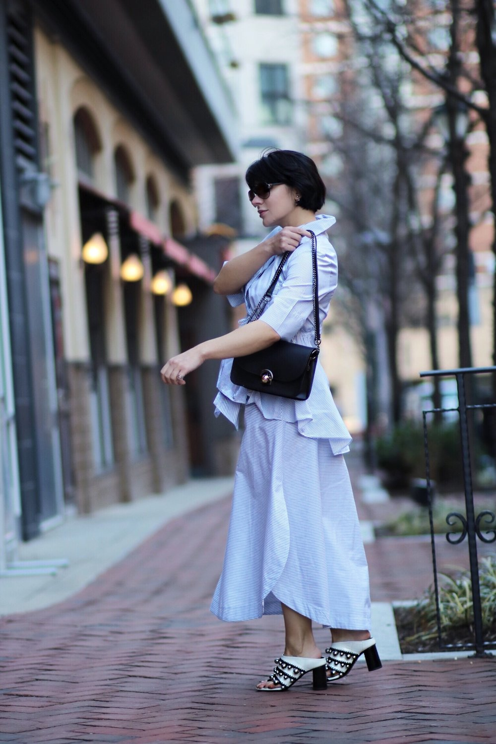 side view stripe outfit white mules