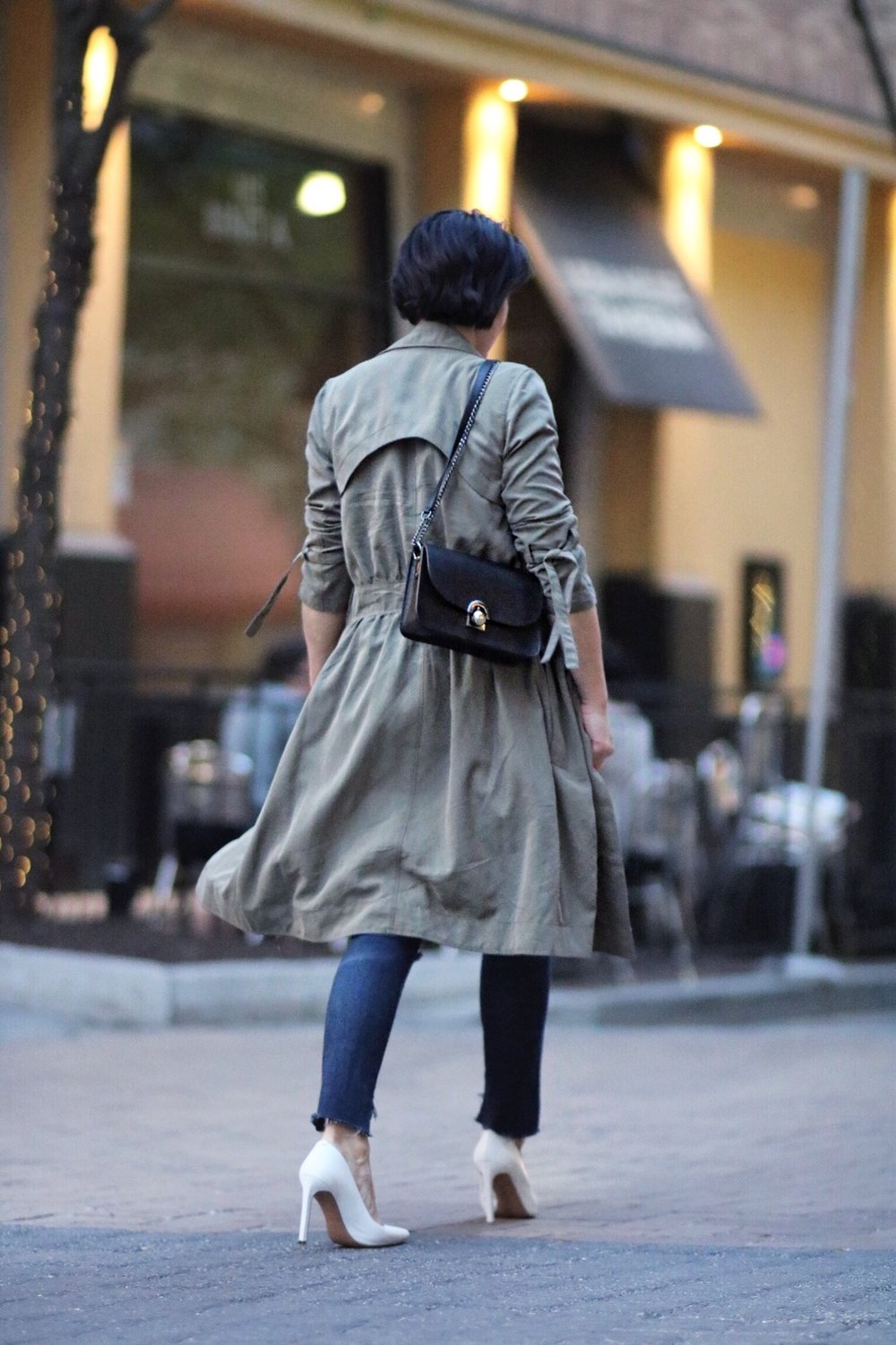 back view khaki trench