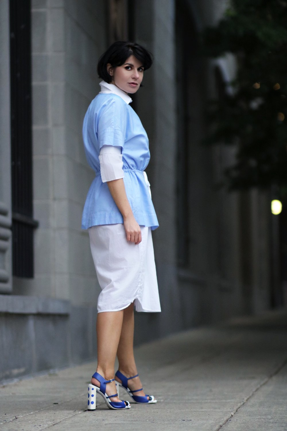 blogger white blue outfit street style