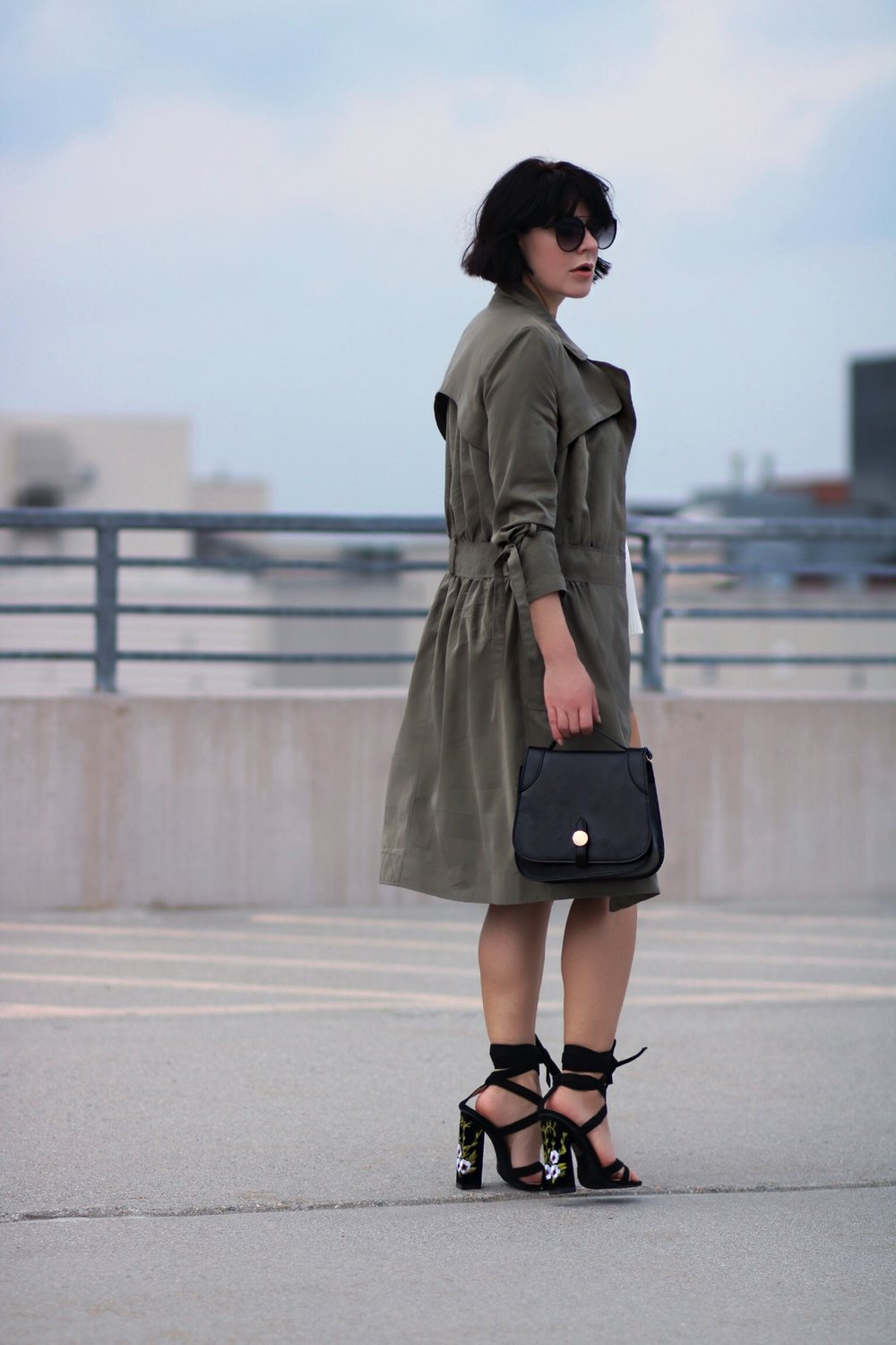 banana republic khaki shirt dress