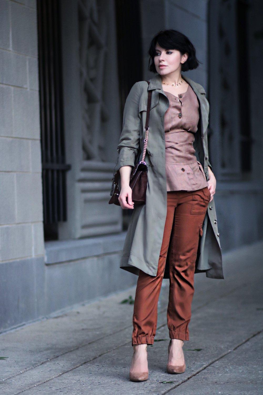 cargo pants linen blouse blogger style