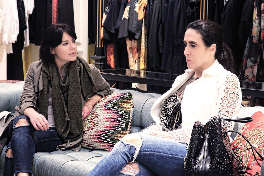 Tahari-stylist-Isabel-Alexander-talking-fashion