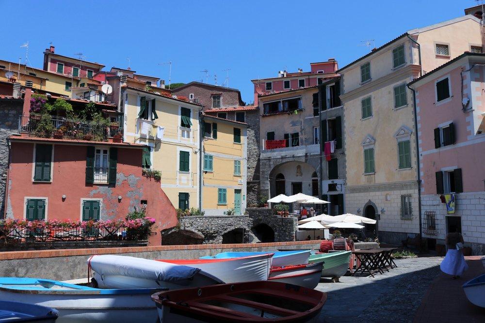 boats-Tellaro-Quattro-Terre-Italy