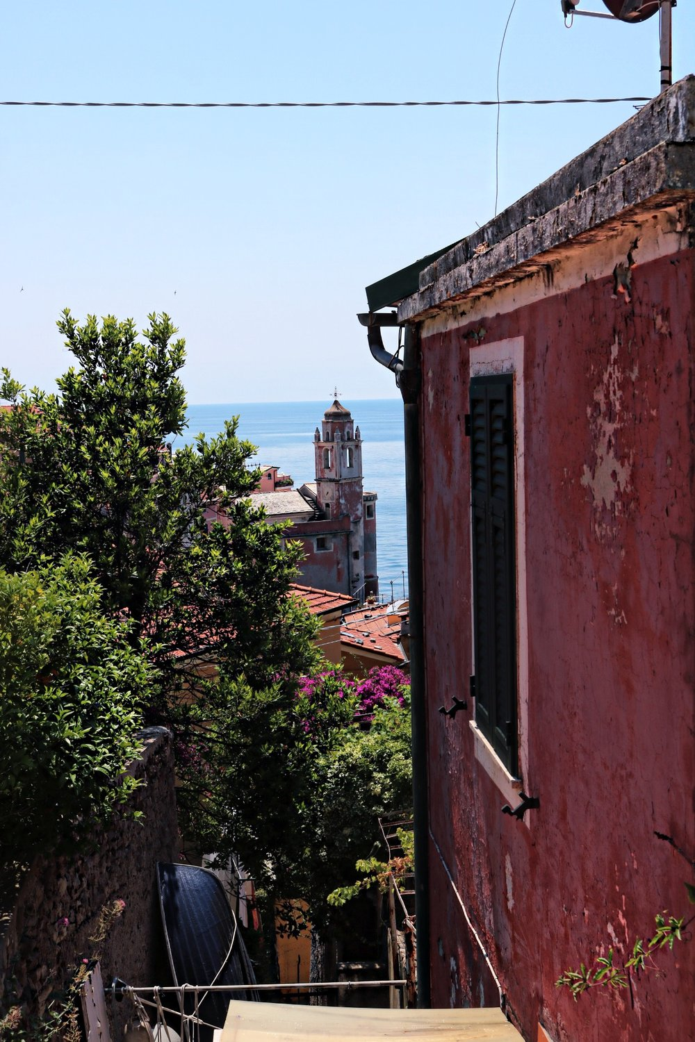 Overview-Tellaro-village