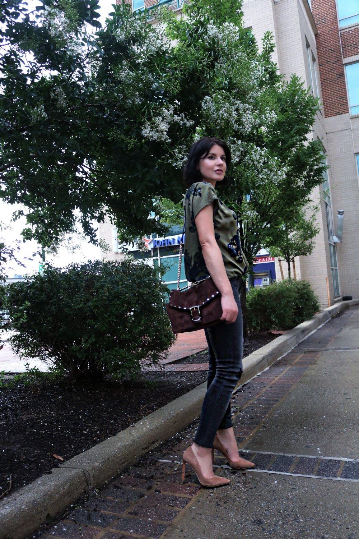 isabel-alexander-petite-blogger-denim-outfit