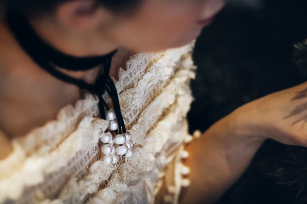 isabel-alexander-pearl-choker-holiday-style