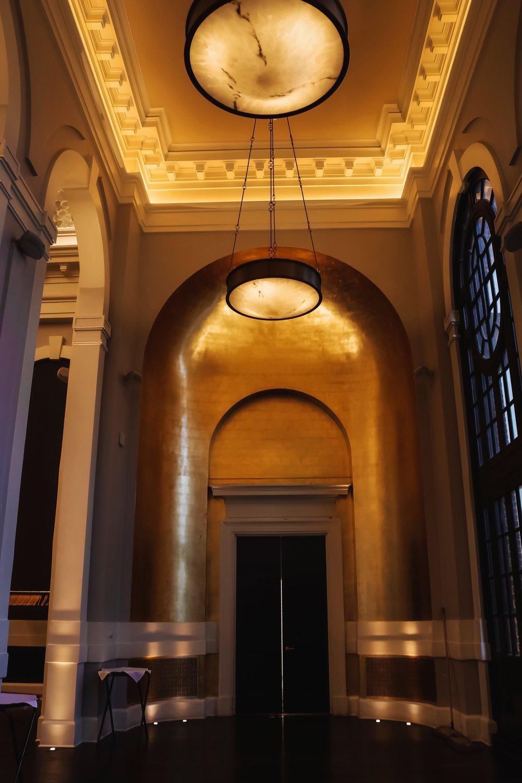 Pendry-Baltimore-ballroom-golden-wall