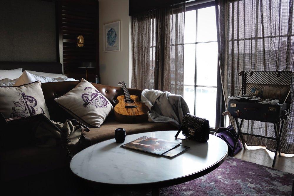 Pendry-Baltimore-room-guitar