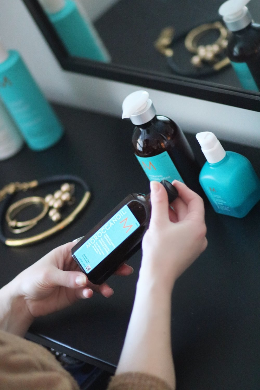 MoroccanOil-treatment-oil