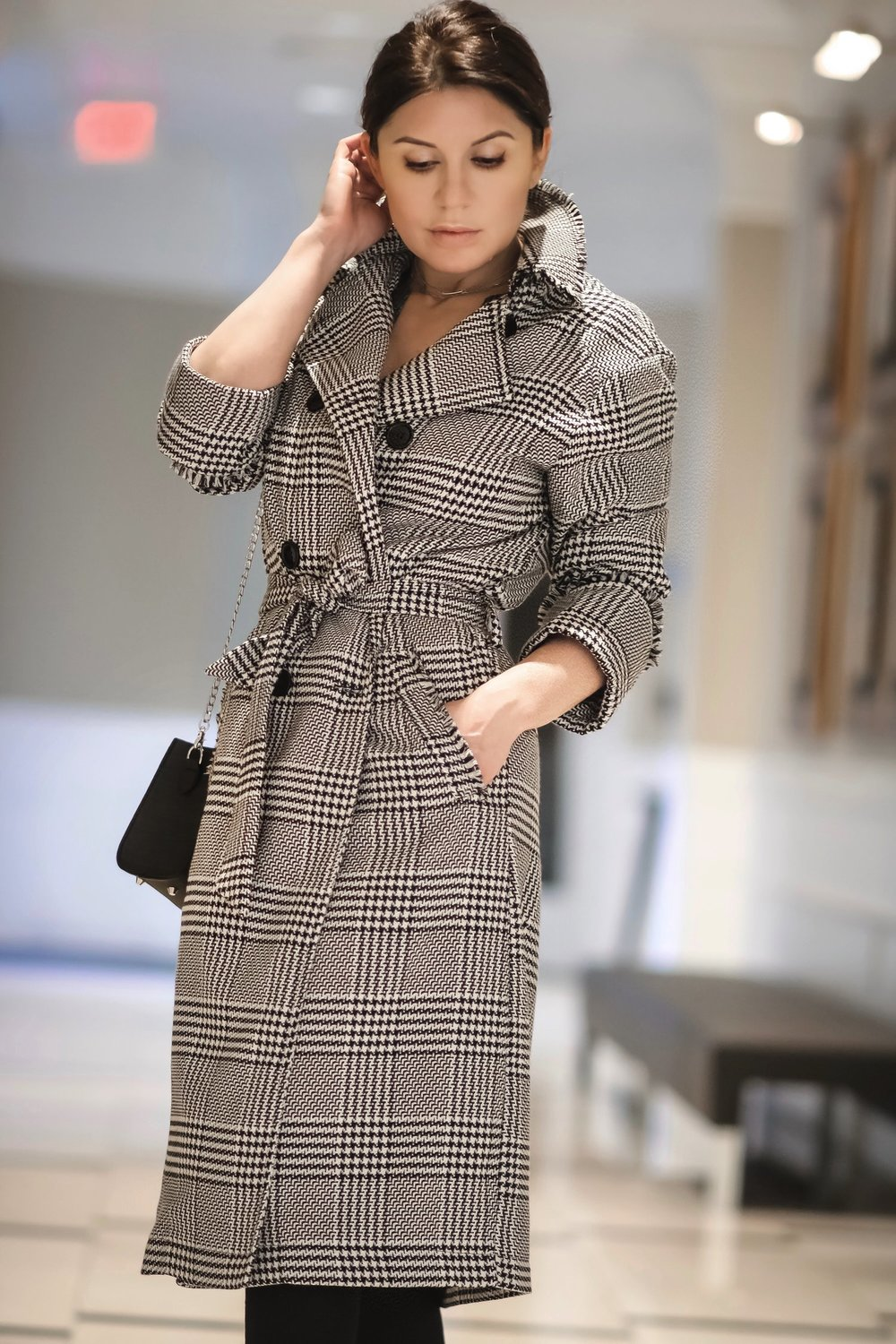 Isabel-alexander-plaid-coat-WhatsMode