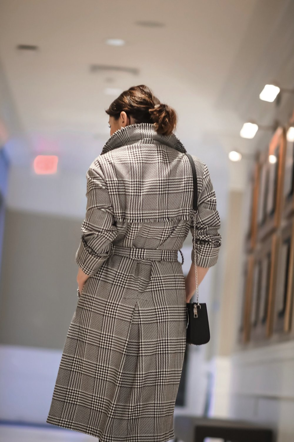 Isabel-Alexander-plaid-trench-back