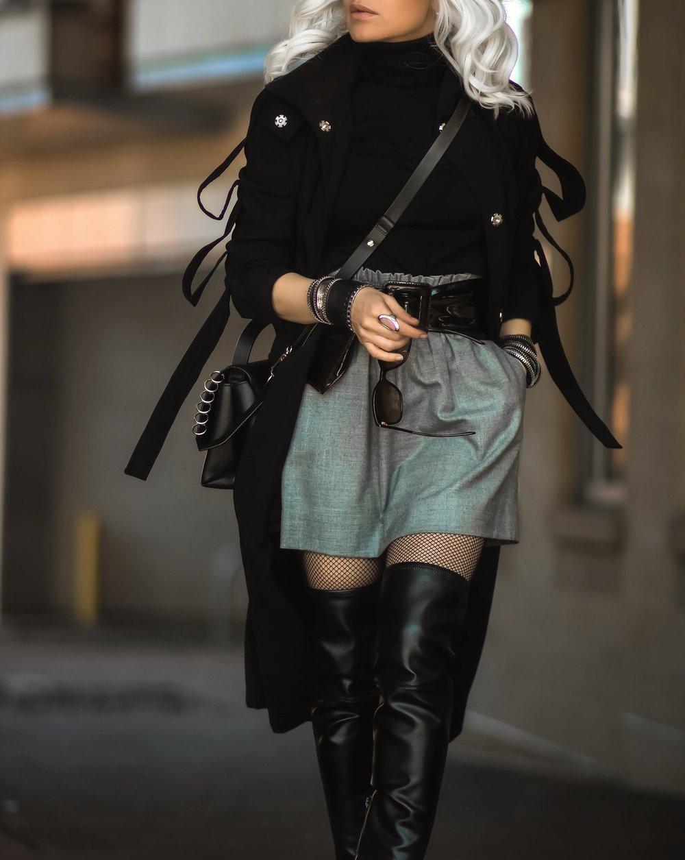 Isabel-Alexander-Atomic-Blonde-Haloween-outfit-Calvin-Klein-thigh-high-boots