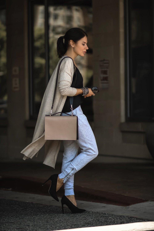 Isabel-Alexander-nude-cardigan-grey-joggers-Camelia-Roma-tan-bag
