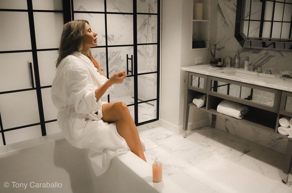 Ritz Carlton Presiendial Suite Isabel Alexander in the master bathroom