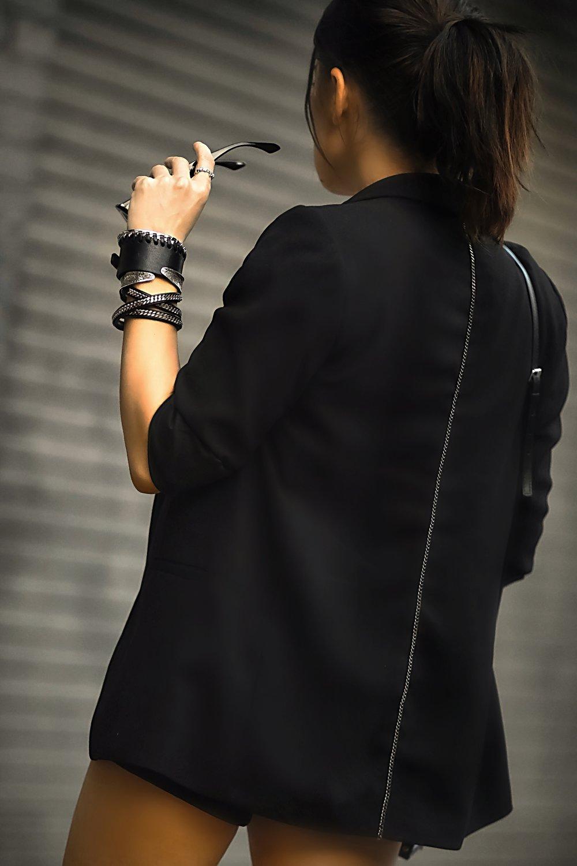 Isabel Alexander blazer back chain details