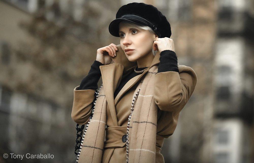 Isabel Alexander Close up collar Topshop velvet baker hat