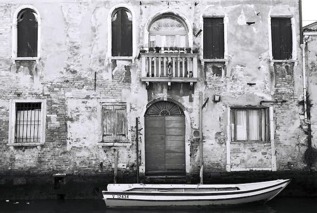 Fveniceboat.jpg