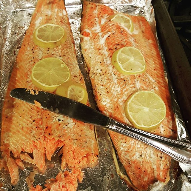 What's cooking this week? 3Ibs. of Wild-caught sockeye salmon all for just under $20!!! This was the deal of the week at the local farmers market, YOU CAN eat healhty and save money. Even if you're on a tight budget you can find ways to save money like looking for weekly specials and buying foods in bulk. #BrainFood #WildCaught #EatHealthy #savemoney #YEN