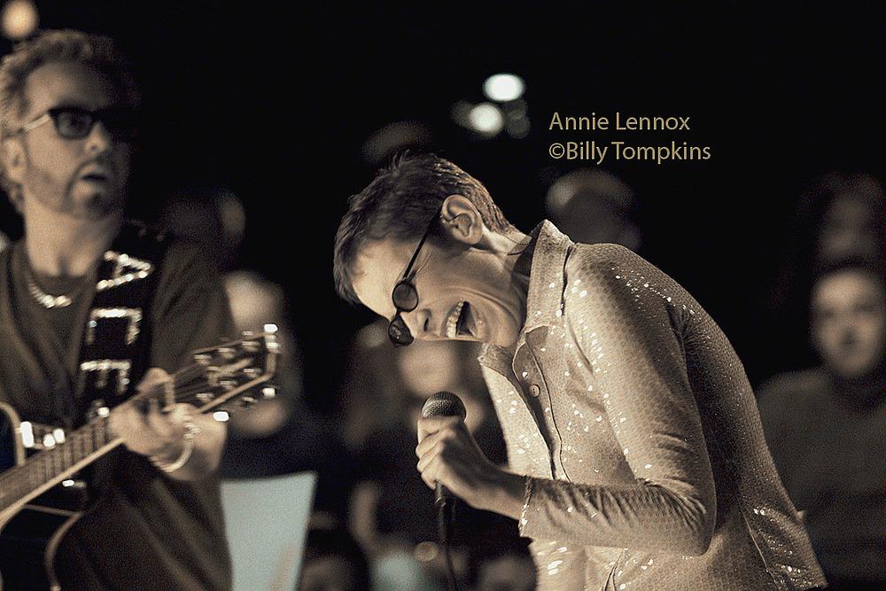 Annie Lennox low res.jpg
