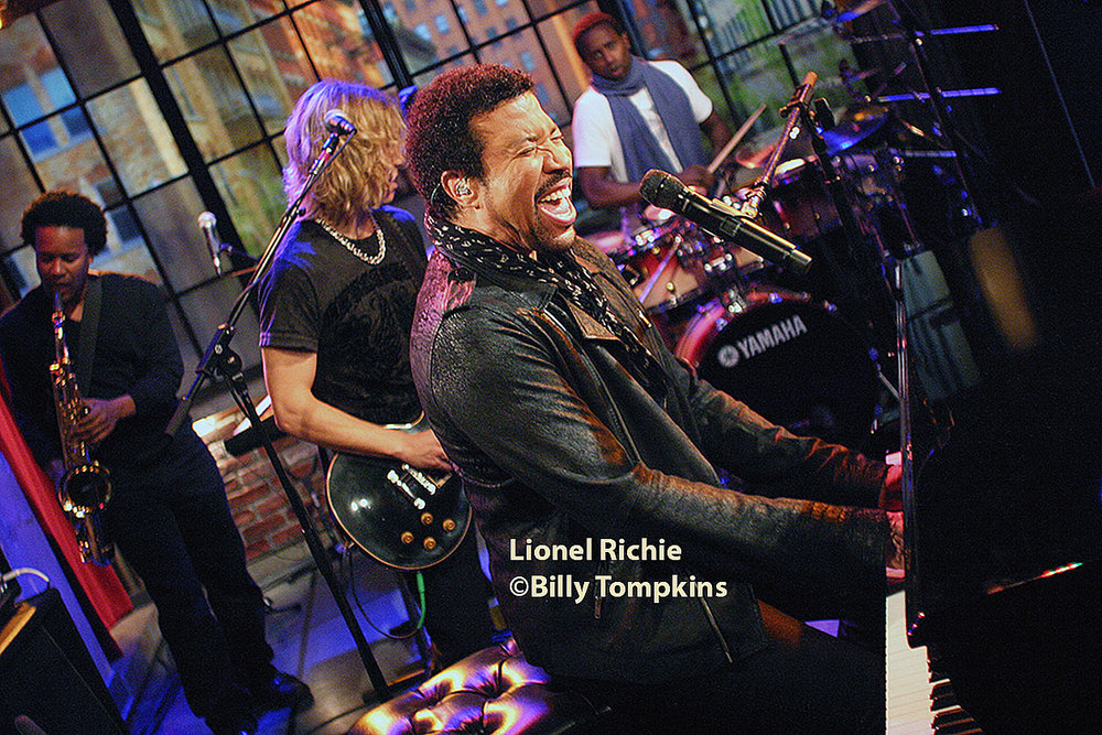 Lionel Richie performing on the set of A&E's Private Sessions