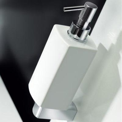 modus-white-soap-dispenser