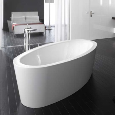 bette-home-oval-bath