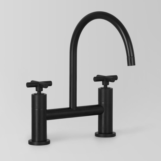 icon+-bridge-tap-black-kitchen-set