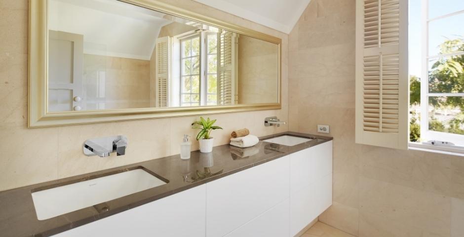 Transitional Bathroom Renovation - Peppermint Grove Perth