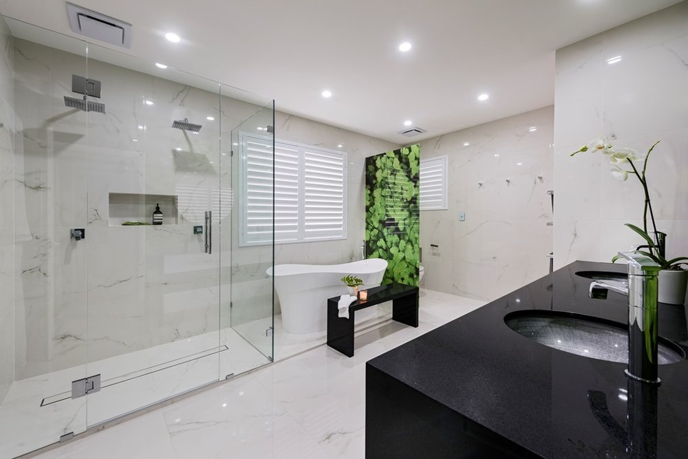 Lavare Contemporary Bathroom Reno - Ascot 005.jpg